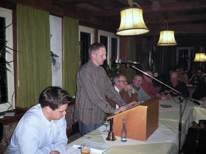 Vorsitzender Ulrich Koller bei der Begrüßung.